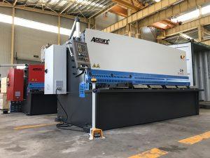 હાઇડ્રોલિક શીયરિંગ મશીન 12mm સ્ટીલ પ્લેટ કટીંગ મશીન 2500mm