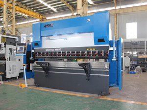 WC67Y 40t / 2000 ઇલેક્ટ્રિક શીટ મેટલ બેન્ડર મોટી પ્રેસ બ્રેક મશીન